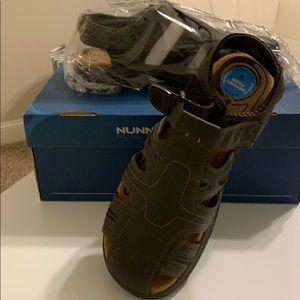 Numb Bush Sandals- New in box